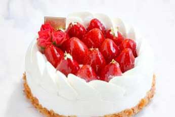 生クリームデコレーションケーキ各種¥2,916~